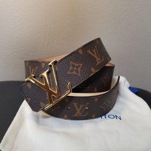Classic Louis Vuitton Brown Monogram Belt!